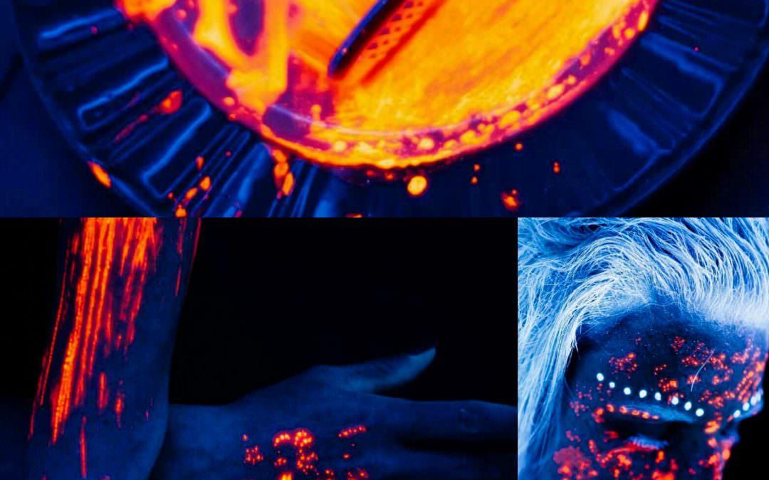 Schwarzlicht Experiment geglückt, Model wohlauf