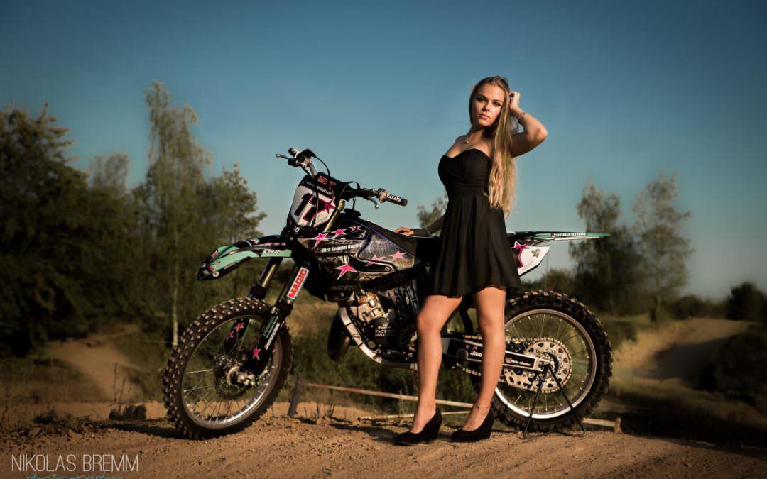 Die wahrscheinlich schönste Motocross-Fahrerin des Saarlands